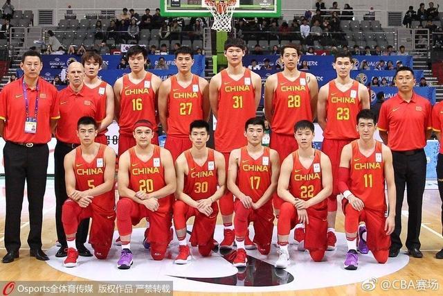 中国男篮11分战胜韩国,丁彦雨航狂砍30分,孙铭微成奇兵