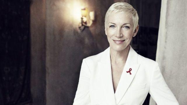 英国歌手安妮·蓝尼克斯将担任老牌名校校长一职