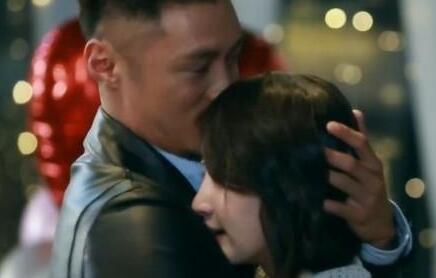 大骗纸余文乐跑去和王棠云结婚,和周冬雨的三年之约咋办?