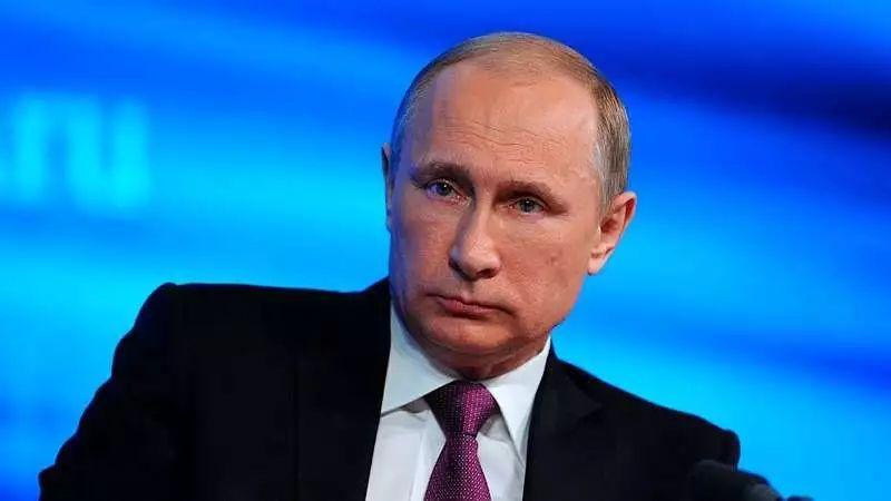 俄现任总统普京宣布参加2018年俄罗斯总统大选!
