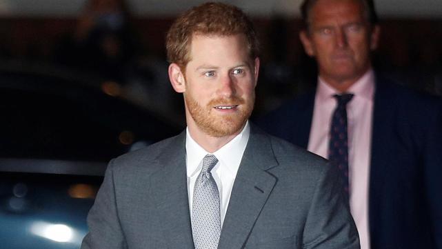 ca88亚洲城手机版【官方ca88亚洲城手机版下载】_哈里王子参加纪念基金颂歌音乐会,他的前女友博纳斯也来了
