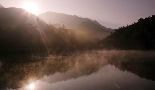 ca88亚洲城手机版下载_龙岩七彩蓝田的早晨美呆了