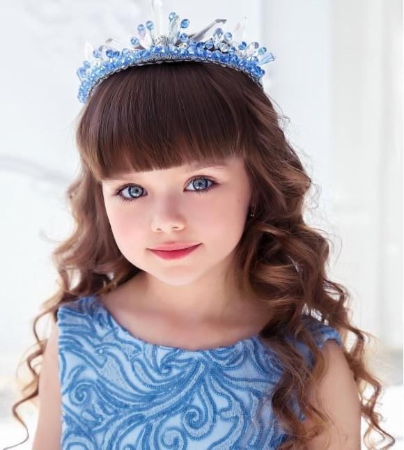 """ca88亚洲城手机版【官方ca88亚洲城手机版下载】_俄罗斯6岁小模特被评为""""世界最美少女"""" 粉丝8天突破60万"""
