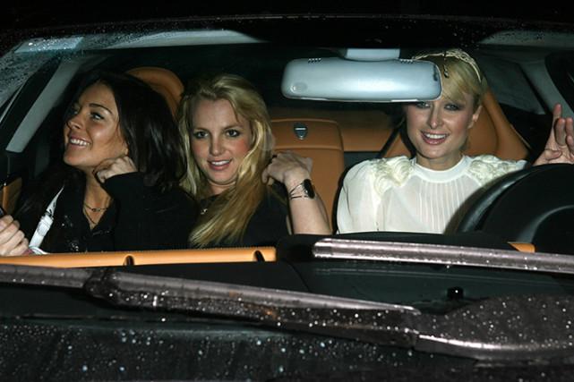 林赛毁了闺蜜之夜?名媛希尔顿再谈车中合照事件:林赛没被邀请