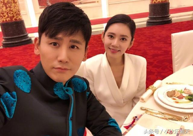 秋瓷炫挺肚和老公甜蜜亮相国宾晚宴 合影虐哭乔妹