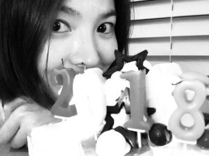 宋慧乔素颜出镜美貌依旧 向粉丝们传达了新年问候