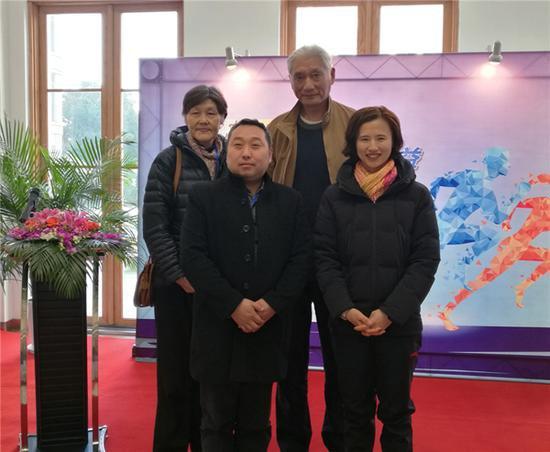 邹市明出院但尚未进行手术,37岁拳王恐直接退役