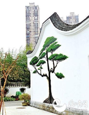 福州茶亭公园添国画彩绘 多亏了热心游客帮忙