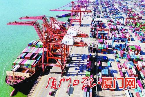 厦门外贸持续回稳向好 进出口总额达5816.0亿元