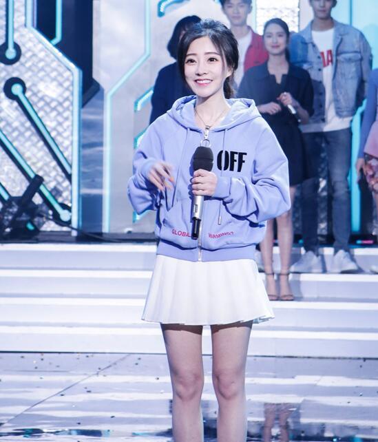 冯提莫再次出击!她会成为综艺节目的常客吗?