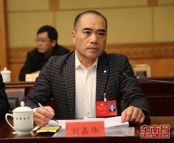 福建省政协委员为弱势群体发声 呼吁社会多给予关爱