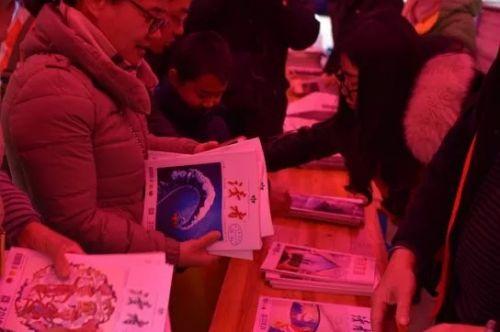 """琴茶会友、公益课、迎新送福……来看市图书馆开年送出这么多文化""""大礼包""""!"""