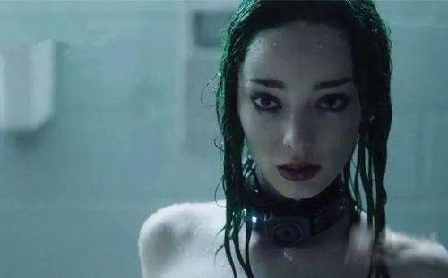 天赋异禀北极星洗澡的画面曝光 披着绿头发转头瞬间美炸了