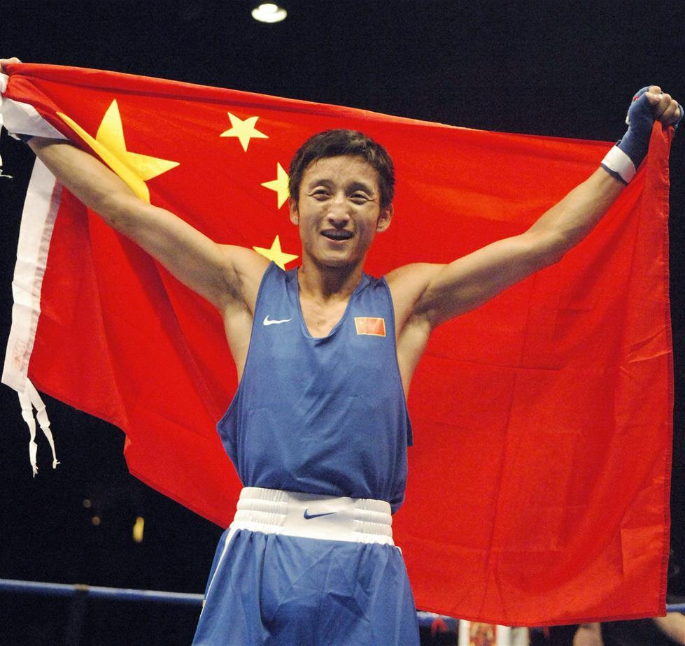邹市明复出在中国拳协做官 首次回应退役一事