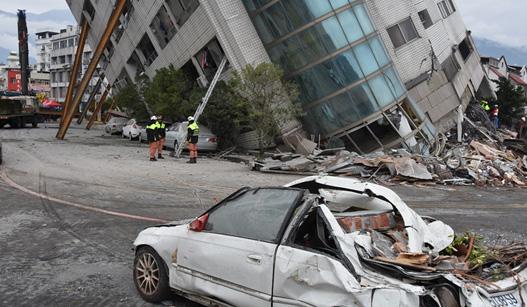 台湾花莲6.5级强震造成重大伤亡 1名大陆游客伤重不治