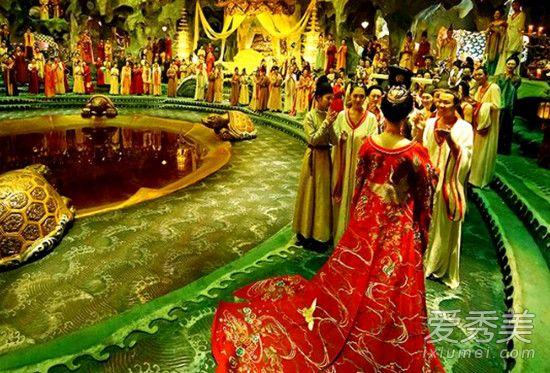 妖猫传皇帝为什么不救杨玉环?皇帝为什么要骗杨贵妃死?