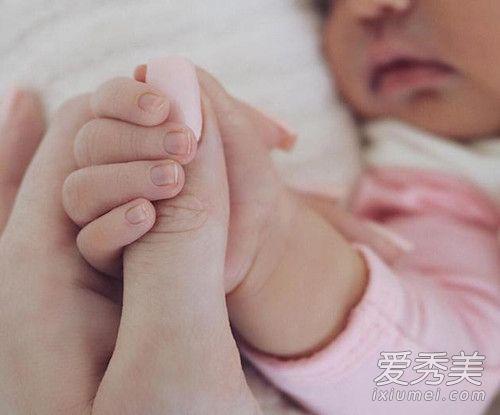 金小妹凯莉公开女儿照片 金小妹凯莉的女儿叫什么