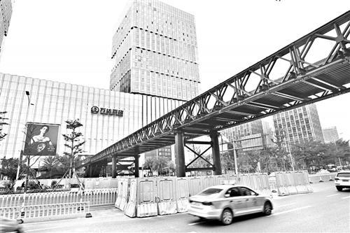 高博亚洲在线仓山万达前 新增人行天桥,今日通行