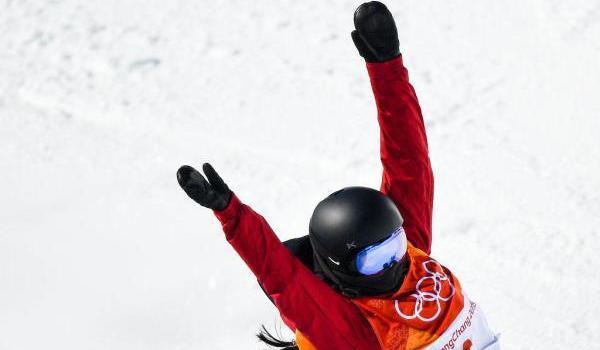中国首枚奖牌诞生 刘佳宇平昌冬奥单板滑雪U型场摘银!