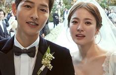 ca88亚洲城手机版下载_宋慧乔宋仲基婚礼捧花丢了四次 最终被她拿到