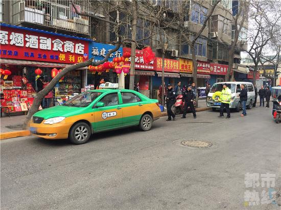 西安一出租车司机在车内身亡 最近一直开夜班
