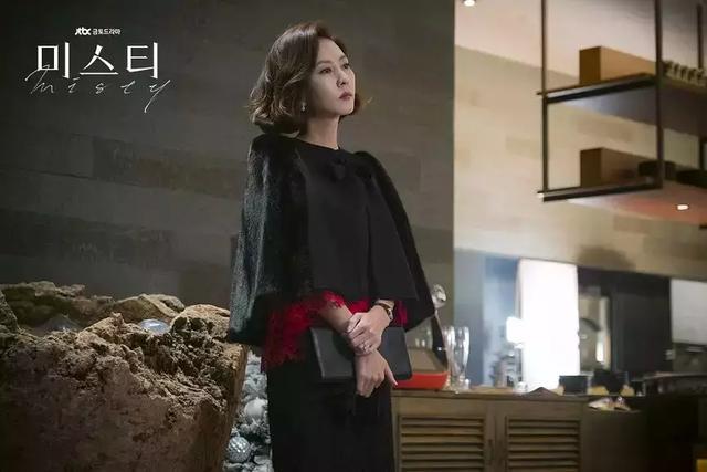 19禁韩剧《迷雾》豆瓣9.3,御姐+欲女+悬疑,望破JTBC收视纪录