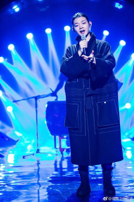 歌手2018霍尊终极踢馆唱《红颜劫》 史上最残酷淘汰赛来了!