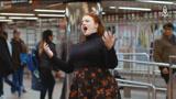 这么高端的卖唱你见过么?纽约女子地铁唱歌剧惊呆乘客