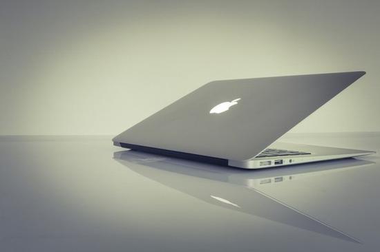 ca88亚洲城手机版下载_苹果入门级MacBook将配备视网膜屏:全线普及
