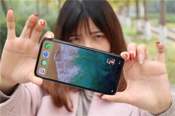 为啥iPhone不支持美颜?苹果:自拍 你敢直出吗?