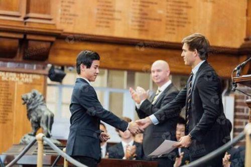新西兰华裔Henry考世界最高分 感恩