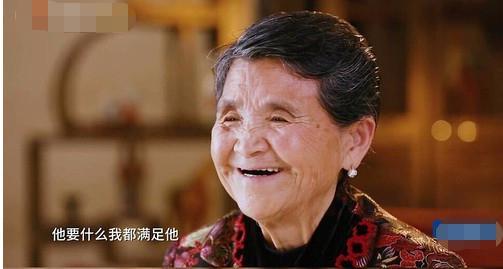 黄圣依嫁入的才是真豪门啊,李湘一月60万的开销都不算什么了