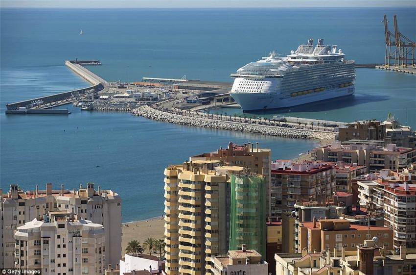 世界最大游轮即将开启处女航 号称海上移动城市