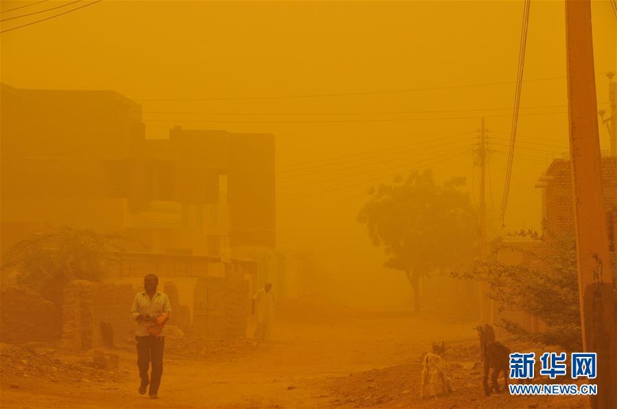 黄沙遮天!苏丹首都喀土穆遭遇强沙尘暴袭击