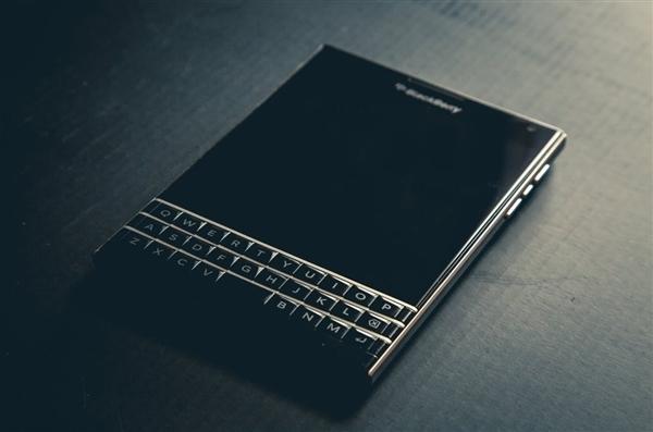 黑莓移除应用商店所有付费应用:放弃BlackBerry