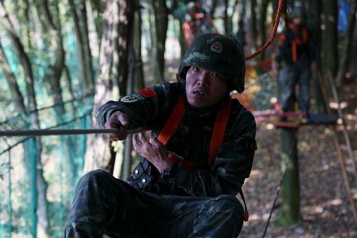 福建武警:丛林遭遇锻造无敌勇者