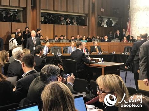 扎克伯格参加美国会听证 近半数议员出席实属罕见