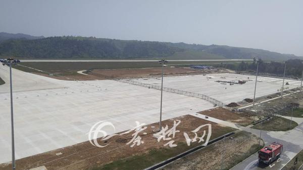 武当山机场机坪改扩建工程进入尾声 面积将扩大一倍