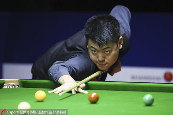 世锦赛资格赛梁文博轰147晋级 本赛季已打2杆满分