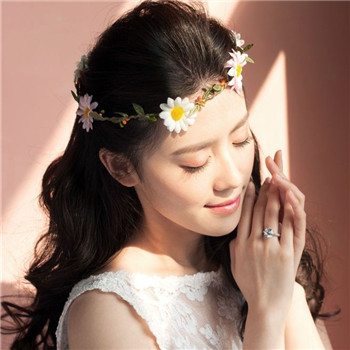 新娘唯美婚纱礼服选择 2018年精致礼服挑选