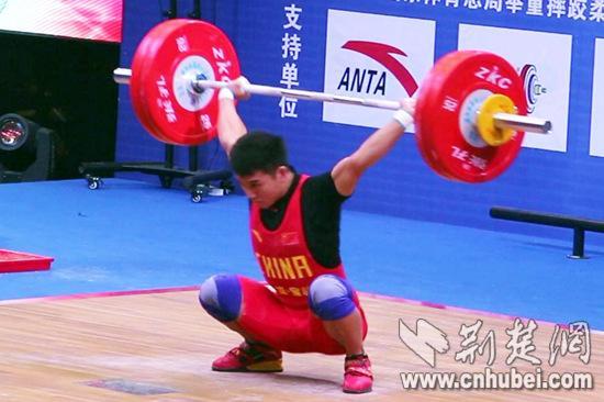 """""""中国力量"""" 全国男子举重锦标赛海南蒙成56公斤级夺冠"""