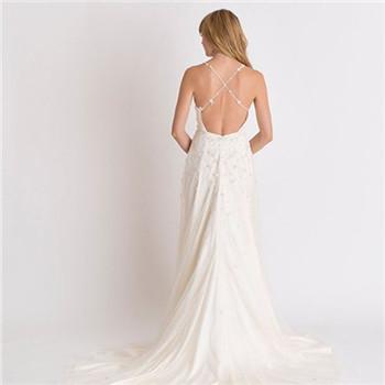最新款婚纱礼服图片 新娘婚纱款式推荐