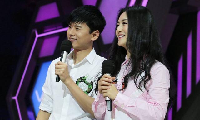 张杰在节目里传授哄女儿技巧 透露曾惹谢娜吃醋抱怨