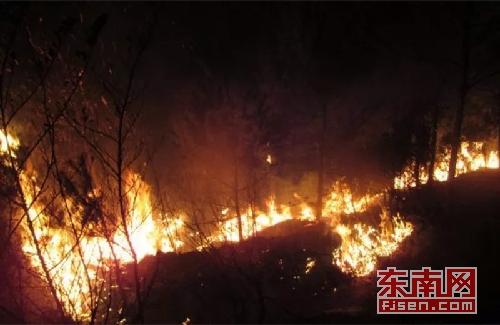 三明一村民私拉电线引发火灾 被拘留10天