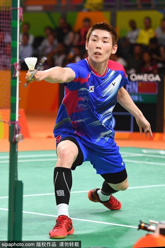 羽毛球亚锦赛:孙完虎以2-0胜日本新秀常山干太