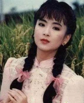 最美如萍被初恋男友当街暴打 53岁赵永馨秘婚十年老公新宝3官方网址谁