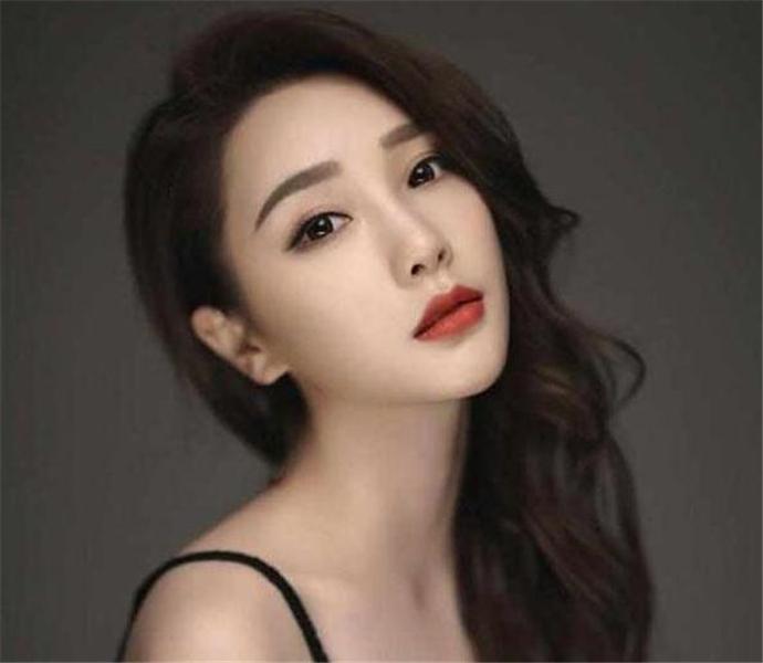 创造101江璟儿和韩庚什么关系 为什么江璟儿被称为韩庚的艺人