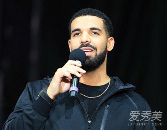 著名说唱歌手Drake遭NBA联盟警告 歌手Drake为什么遭NBA警告