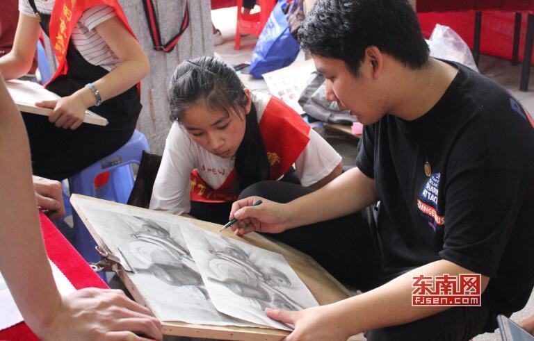 莆田市职业教育成果展举行 12所职校各显本领