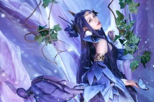 王者荣耀貂蝉仲夏夜之梦cos:小姐姐笑起来宛若仙女啊